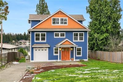 Kent Single Family Home For Sale: 30849 E Lake Morton Dr