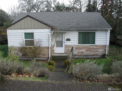 Seattle Single Family Home For Sale: 10100 32nd Ave SW