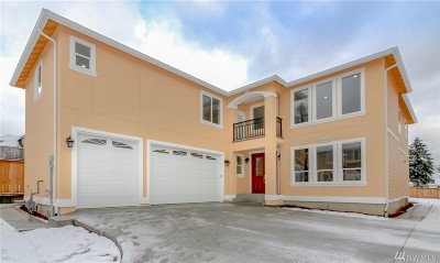 Tukwila Single Family Home For Sale: 4640 S 148th St