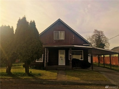 Centralia Single Family Home For Sale: 707 S Cedar St