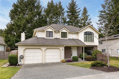 Issaquah Single Family Home For Sale: 4033 239th Place SE