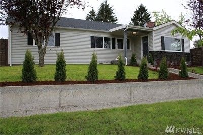 Everett Single Family Home For Sale: 5123 Woodlawn Ave