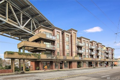 Seattle Condo/Townhouse For Sale: 3217 Eastlake Ave E #402