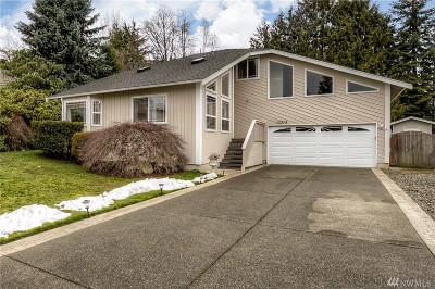 Puyallup Single Family Home For Sale: 13313 117th St Ct E