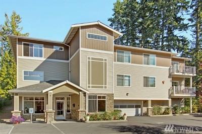 Shoreline Condo/Townhouse For Sale: 20028 15th Ave NE #108