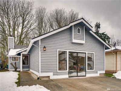 Renton Single Family Home For Sale: 2233 SE 8th Place