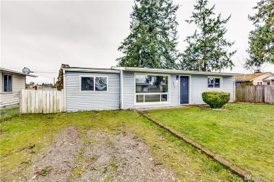 Lakewood Single Family Home For Sale: 4710 Lila Lane SW