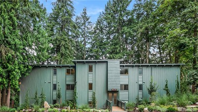 Redmond Multi Family Home For Sale: 9016 Redmond-Woodinville Rd NE