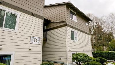Condo/Townhouse Sold: 12623 NE 130th Wy #B103
