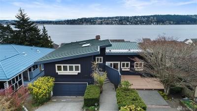 Lake Forest Park Single Family Home For Sale: 16112 41st Ave NE