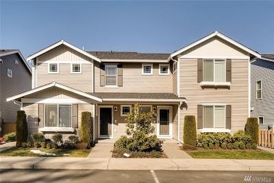 Redmond Condo/Townhouse For Sale: 24102 NE 112th Lane