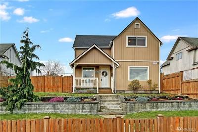 Everett Single Family Home For Sale: 2422 Oakes Ave