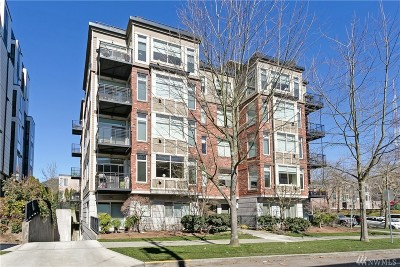 Condo/Townhouse For Sale: 200 W Comstock St #304