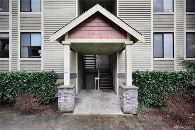 Kirkland Condo/Townhouse For Sale: 11809 100th Ave NE #B104