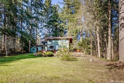 Bainbridge Island Single Family Home For Sale: 5345 Battle Point Dr NE