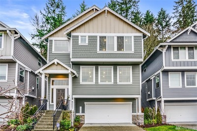 SeaTac Condo/Townhouse For Sale: 21153 37th Ct S