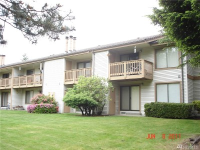 Renton Condo/Townhouse For Sale: 17404 119th Lane SE #H4