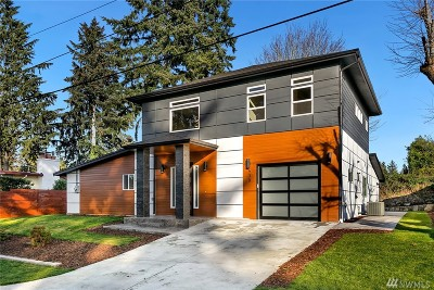 Bellevue Single Family Home For Sale: 430 167th Ave SE