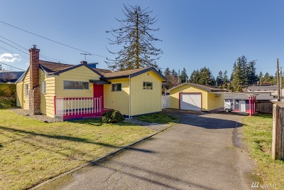 Everett Single Family Home For Sale: 5632 Highway Place