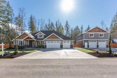 Arlington Single Family Home Contingent: 3830 257th St NE