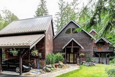 Bellingham Single Family Home For Sale: 196 Summerland Rd
