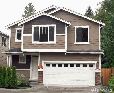 Lynnwood Single Family Home For Sale: 1808 151st St SW