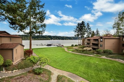 Redmond Condo/Townhouse For Sale: 17506 NE 40th Place #I-5