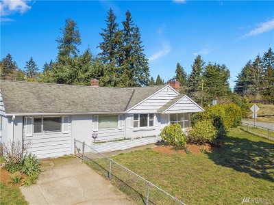 Shoreline Single Family Home For Sale: 15337 Ashworth Place N