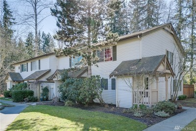 Bothell Condo/Townhouse For Sale: 15600 116th Ave NE #J4