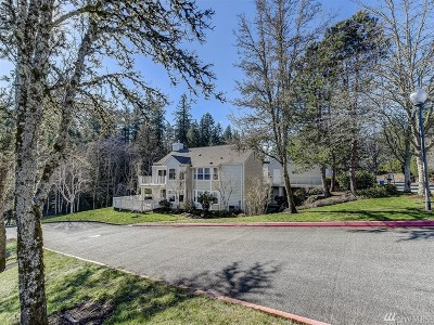 Issaquah Condo/Townhouse For Sale: 4327 Providence Point Place SE