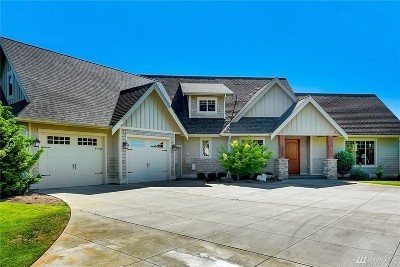 Lynden Single Family Home For Sale: 8054 Saddlebrook Dr
