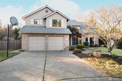 Redmond Single Family Home For Sale: 17744 NE 101st Ct