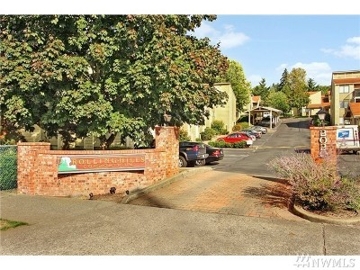 Renton Condo/Townhouse For Sale: 2020 Grant Ave S #D105