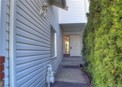 Everett Single Family Home For Sale: 5616 137th Place SE