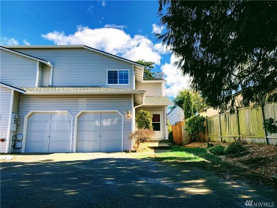 Everett Condo/Townhouse For Sale: 6307 Berkshire Dr #B