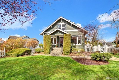 Everett Single Family Home Contingent: 3201 W Mukilteo Blvd