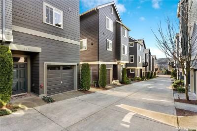 Issaquah Single Family Home For Sale: 361 NE Eaton Lane