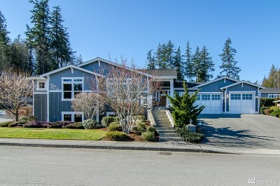 Anacortes Single Family Home For Sale: 4412 Orchard Ave