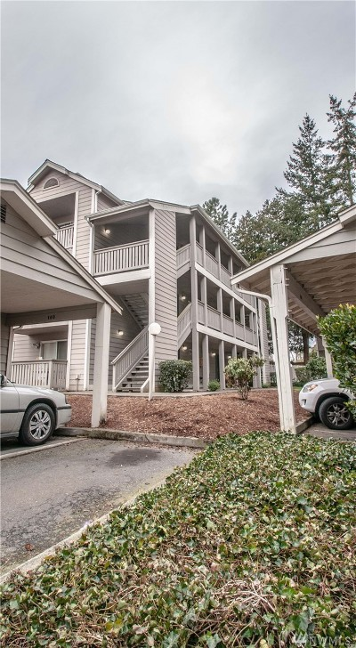 Everett Condo/Townhouse For Sale: 215 100th St SW #B108