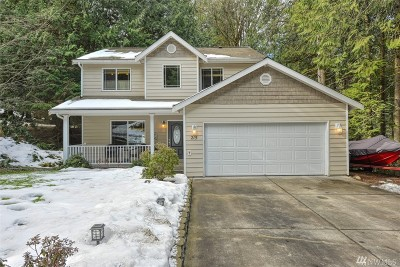 Single Family Home Sold: 215 Harbor View Dr