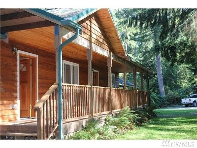 Snohomish Single Family Home For Sale: 17816 Dubuque Rd