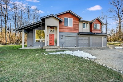 Everett Single Family Home For Sale: 13111 Admiralty Wy