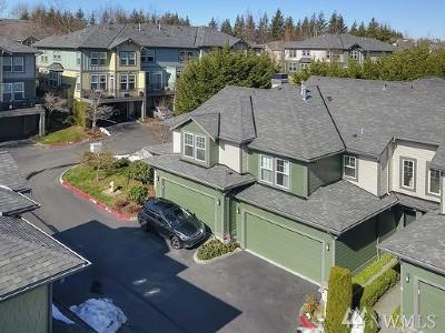 Snoqualmie Condo/Townhouse For Sale: 7806 Fairway Ave SE #1102