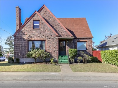 Single Family Home For Sale: 5620 S Sheridan Ave