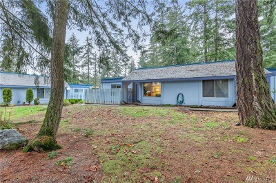 Renton Condo/Townhouse For Sale: 4308 NE Sunset Blvd #K3