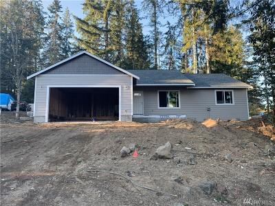 Mason County Single Family Home Pending: 30 NE Santa Maria Lane