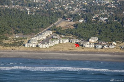 Grays Harbor County Condo/Townhouse For Sale: 1600 W Ocean Ave #214