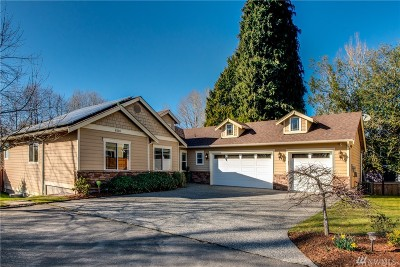 Kenmore Single Family Home For Sale: 8116 NE 189th Place