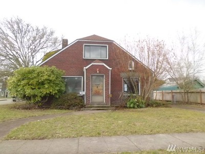 Centralia Single Family Home For Sale: 601 N Pearl St