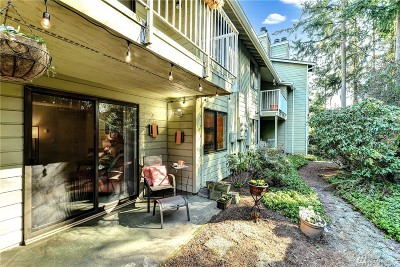 Mountlake Terrace Condo/Townhouse For Sale: 5502 220th St SW #D106